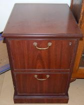 Mahogany filing cabinet of 2 draws 78x50x50cm