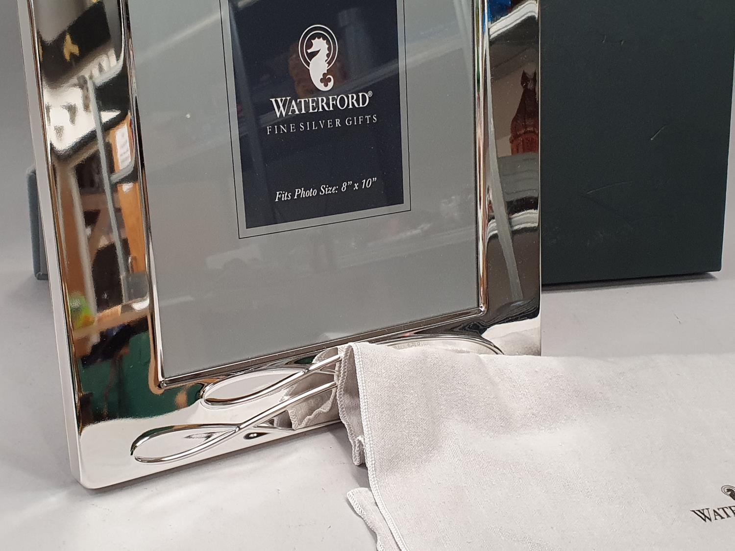 """Waterford Ballet Ribbon 8x10"""" silver plated picture frame with fabric pouch and box. - Image 3 of 6"""