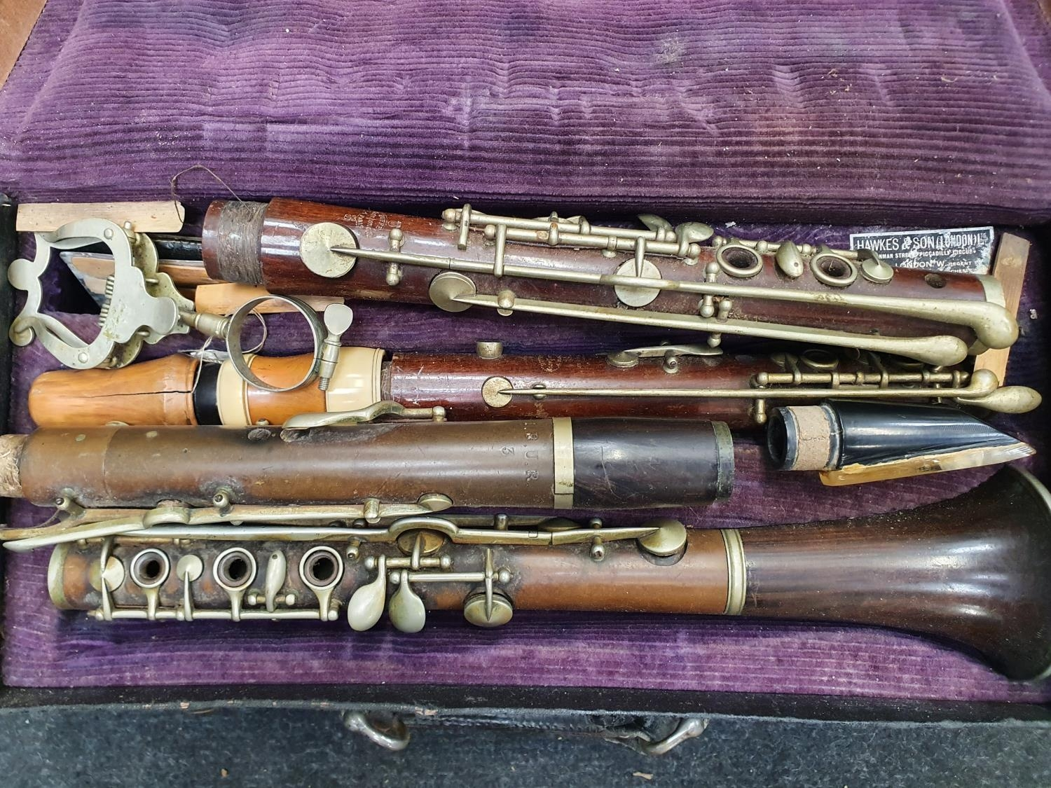 Case of vintage clarinets. - Image 2 of 6