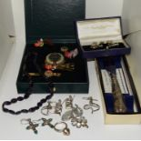 Quantity of silver items to include set of knot cufflinks, silver necklaces etc