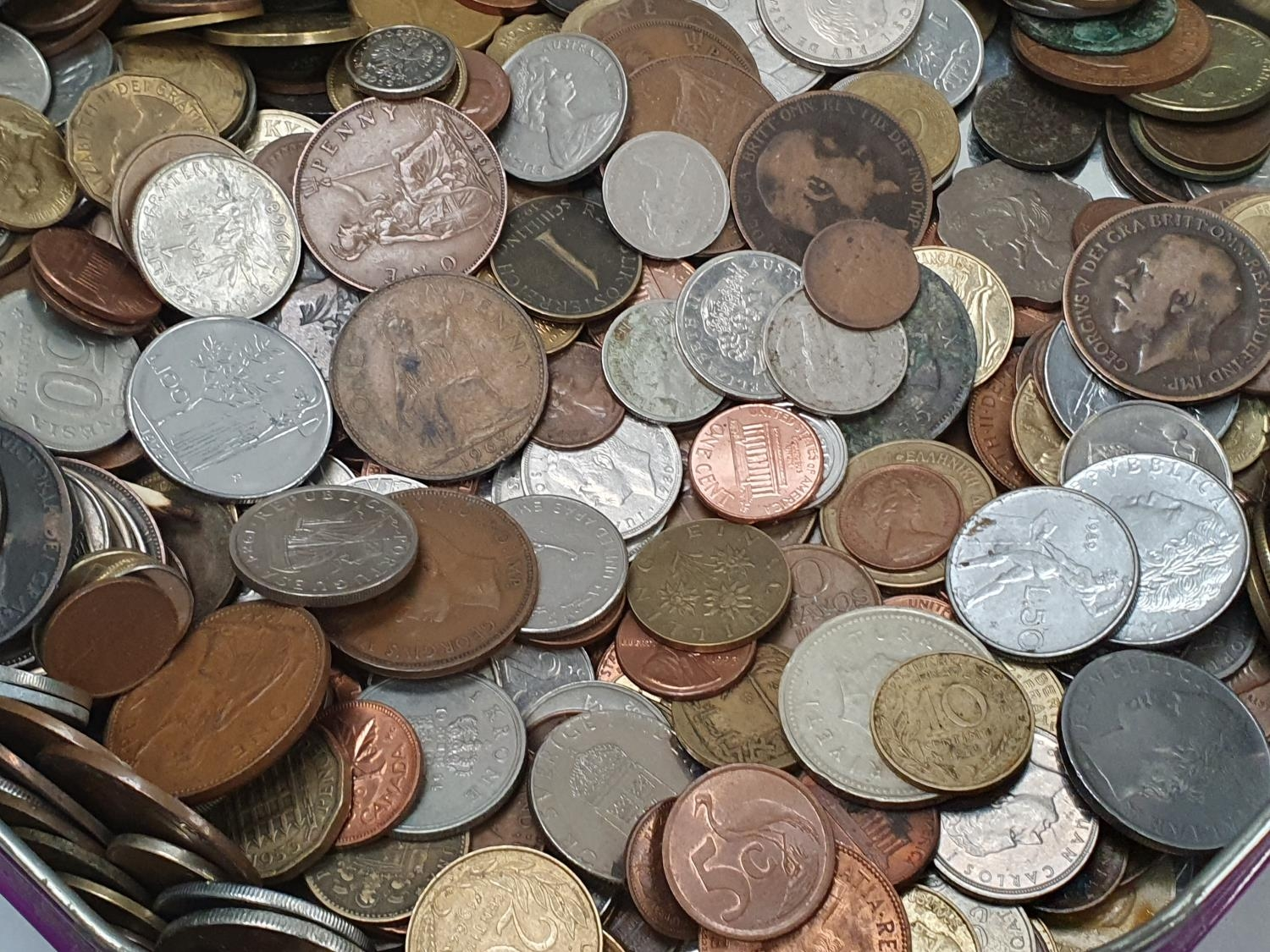 Purple tin of mixed coinage. - Image 3 of 4