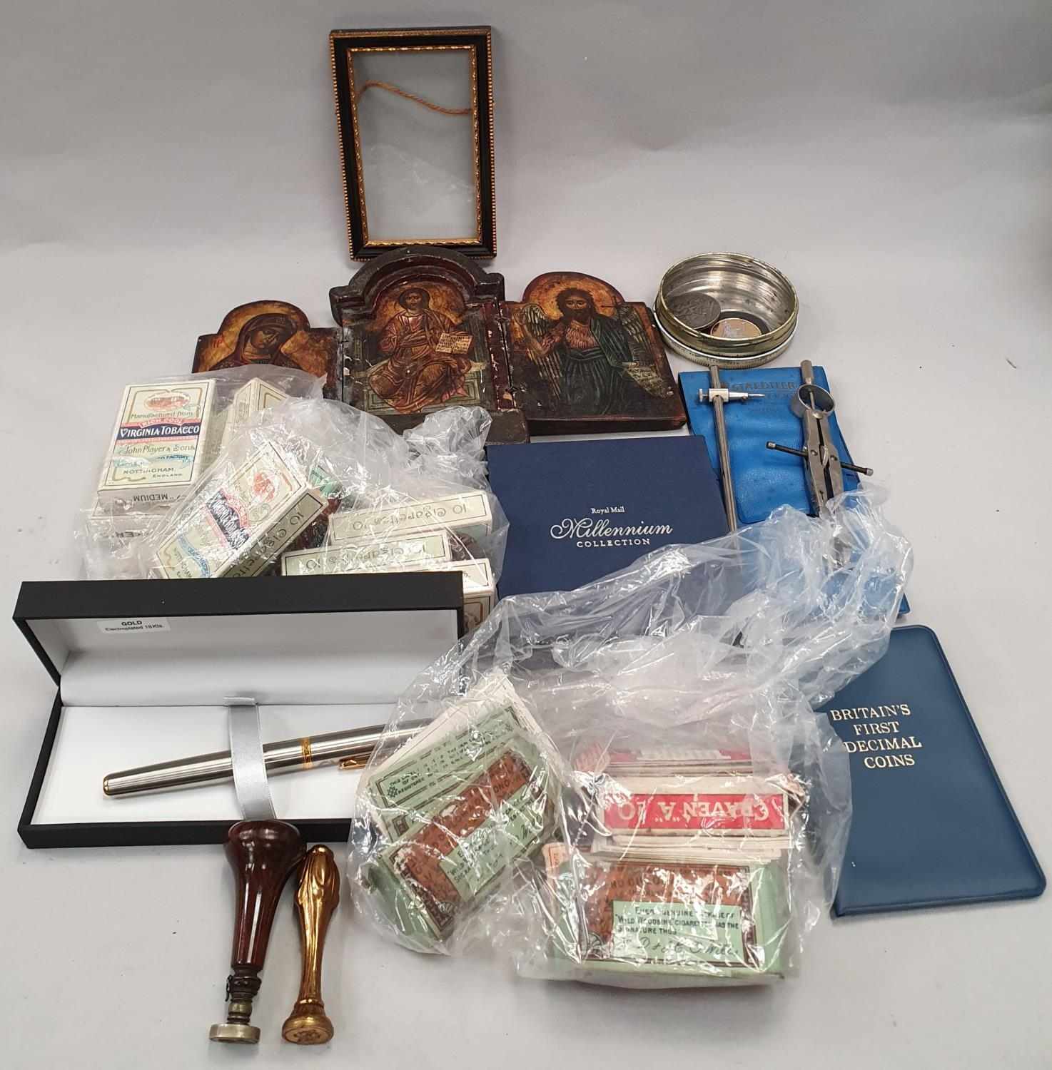 A 3 fold Icon, a Bulkam Sobrane Tobaco tin, various sets of Players cigarette cards and two seals.