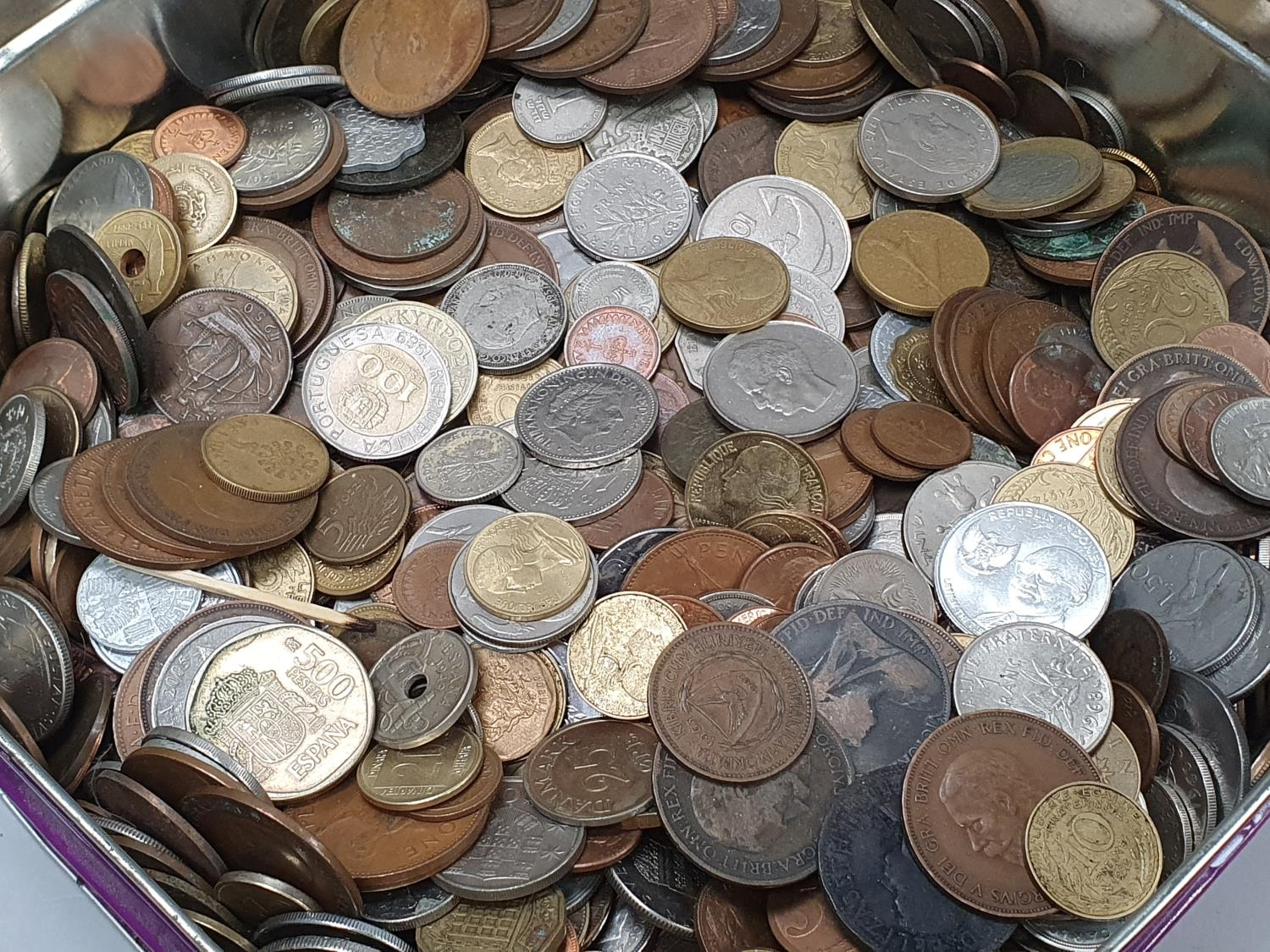 Purple tin of mixed coinage. - Image 2 of 4