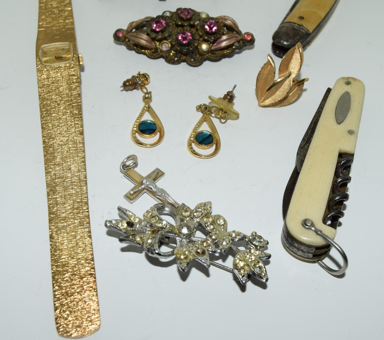 Misc jewellery to include a boxed garnet brooch - Image 3 of 3