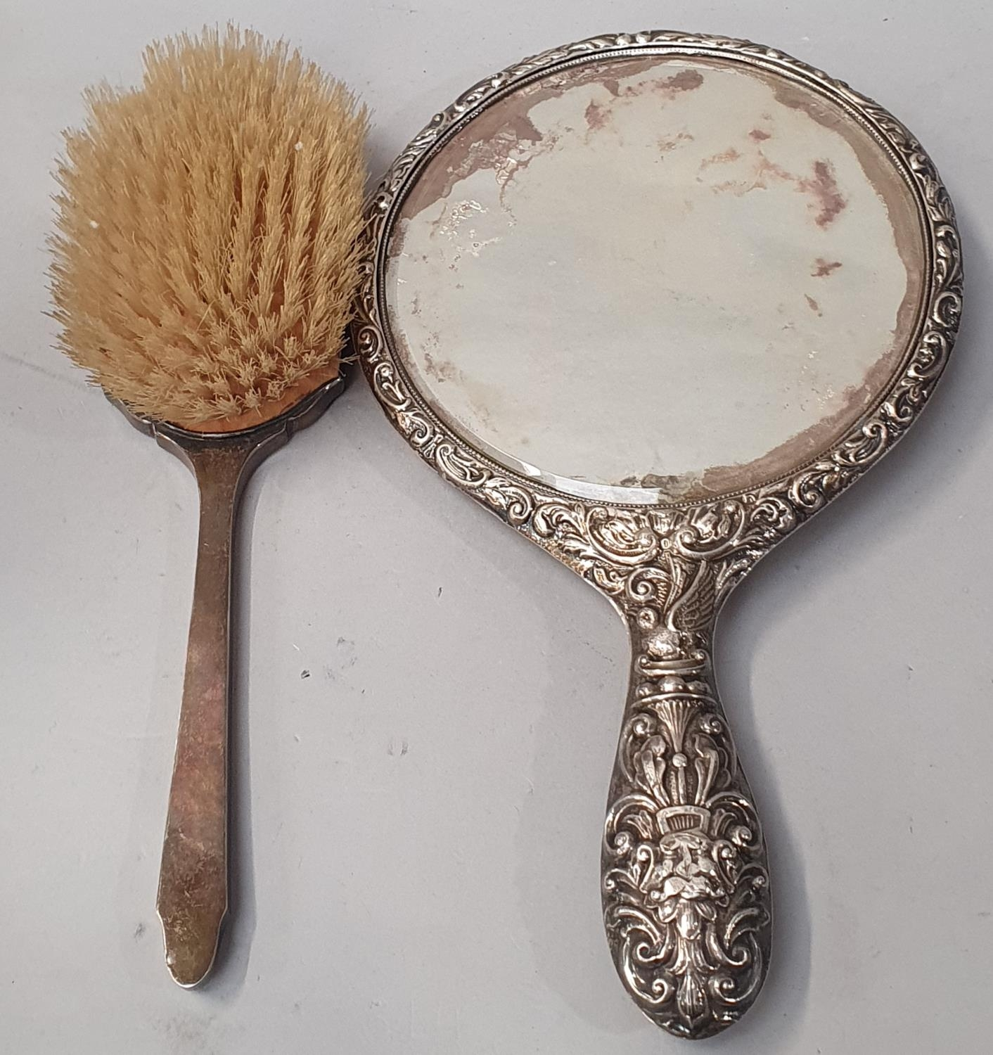 Collection of silver dressing table brushes. - Image 3 of 4