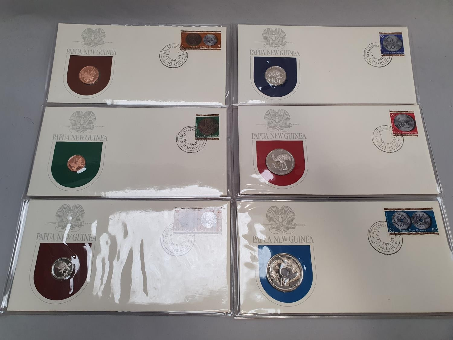 A collection of foreign coins, some uncirculated. - Image 5 of 5