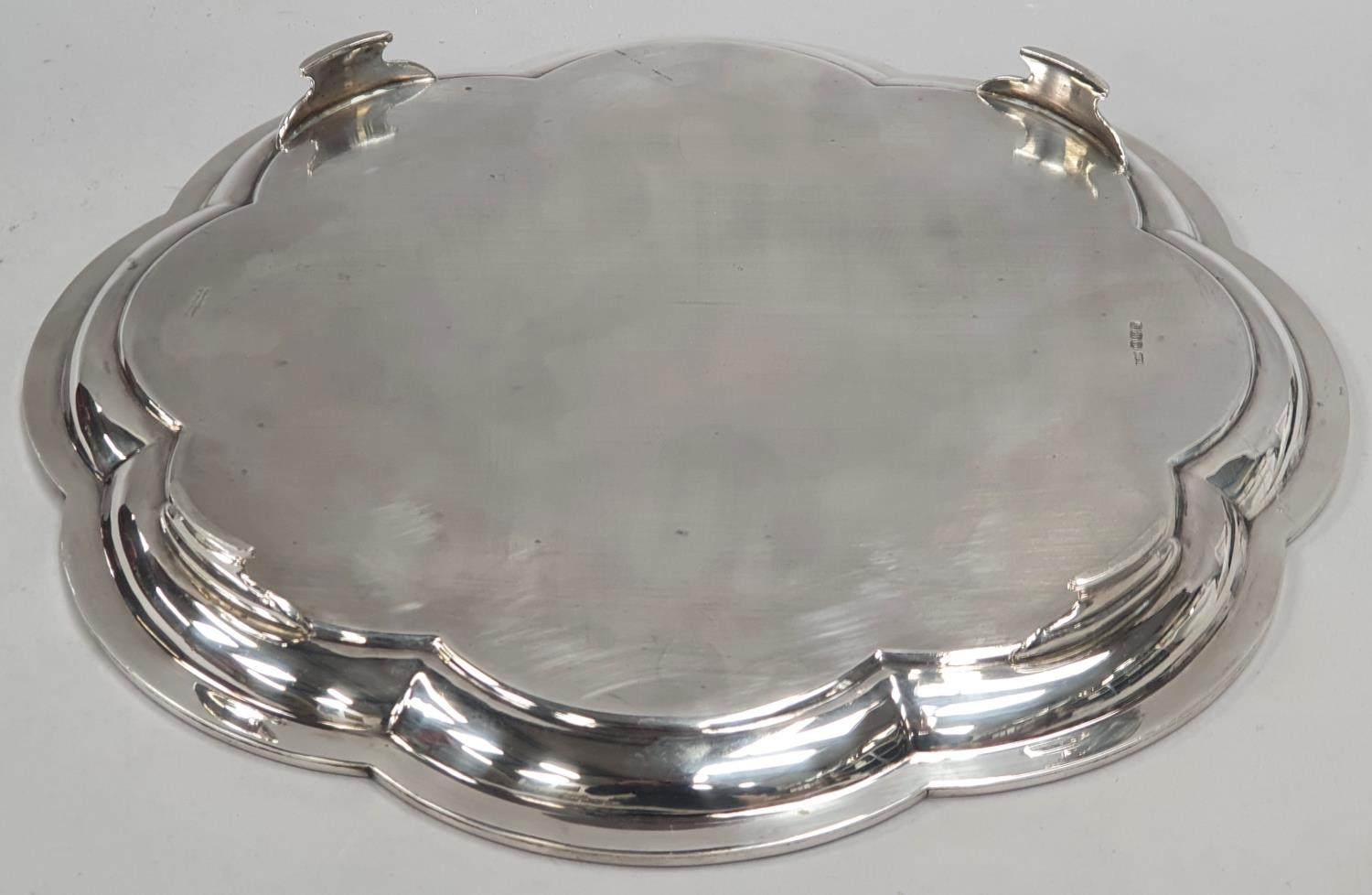 Sterling silver salver with scalloped rim - Sheffield 1929 by Mappin & Webb - approx 1181 grams. - Image 3 of 5