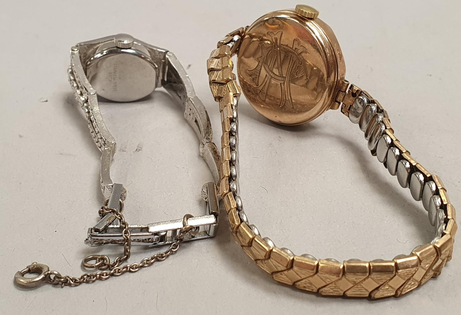 Pair of ladies watches to include 1 9ct gold. - Image 2 of 3