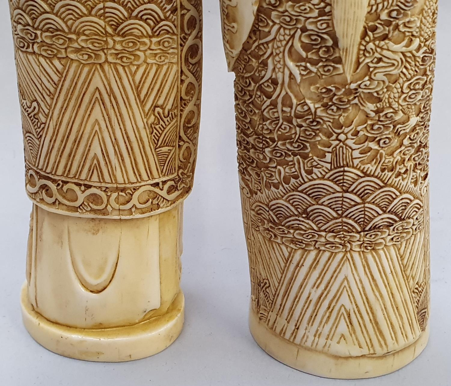 A pair of ivory coloured oriental figures 32 and 29cm high. - Image 5 of 8