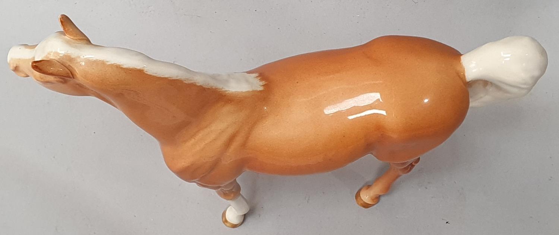 Beswick palomino horse. - Image 3 of 6