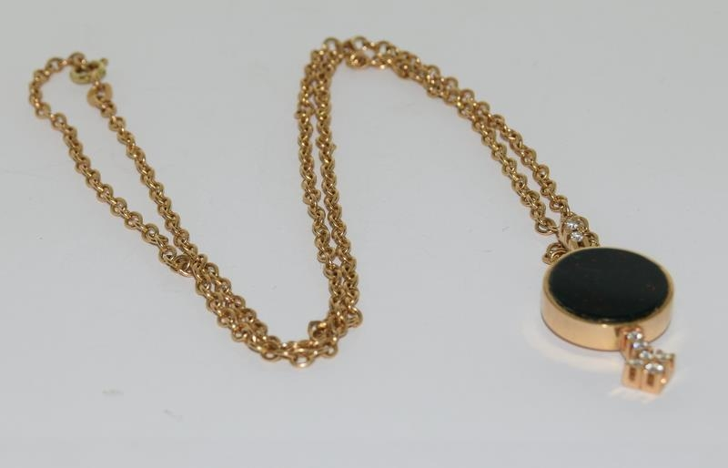 14ct gold h/m pendant and neck chain inset with diamonds 14gm - Image 5 of 5