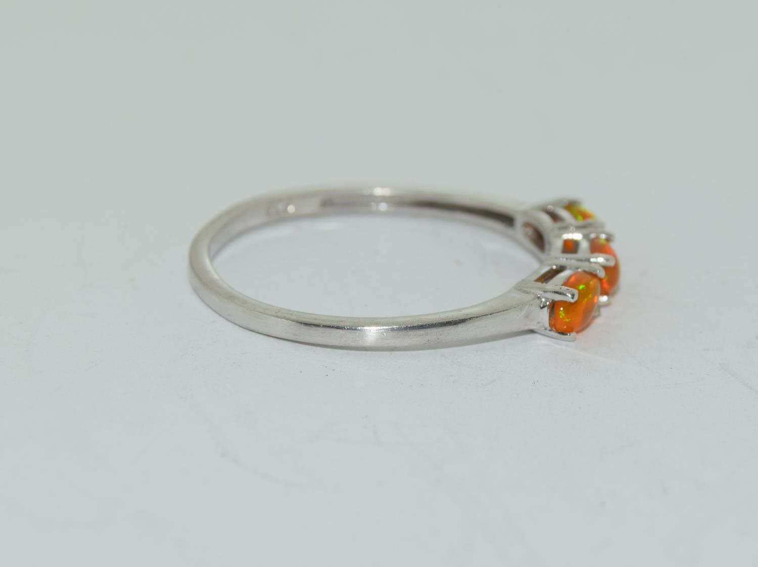 Ethiopian fire opal 925 silver ring, size S 1/2. - Image 2 of 3