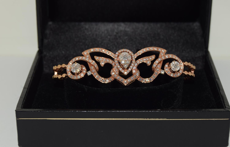 18ct pink gold ladies designer bracelet with approx 3.9ct diamonds 22gm