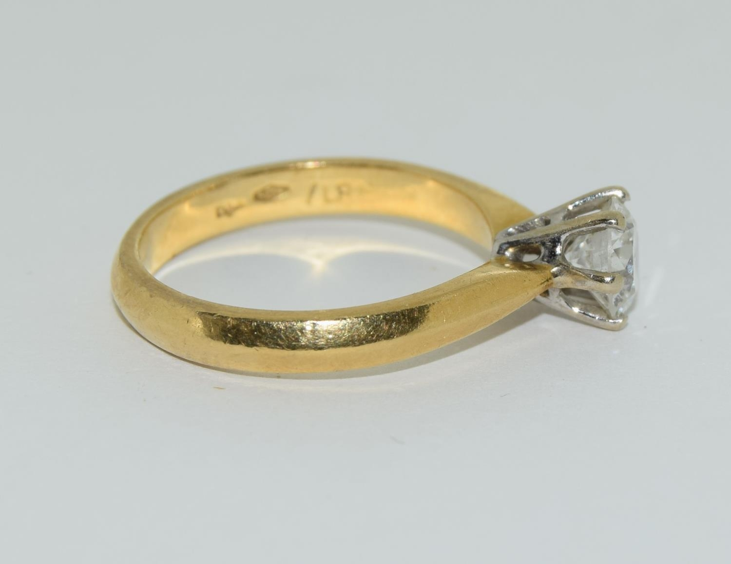 An 18ct white gold ladies diamond solitaire ring 0.75ct Approx., Size M. - Image 2 of 6