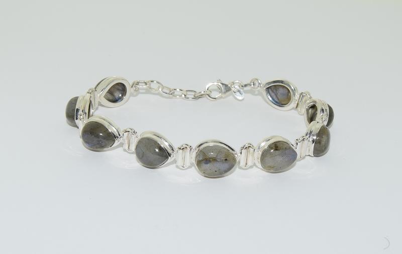 A Silver Labradorite bracelet. - Image 4 of 4