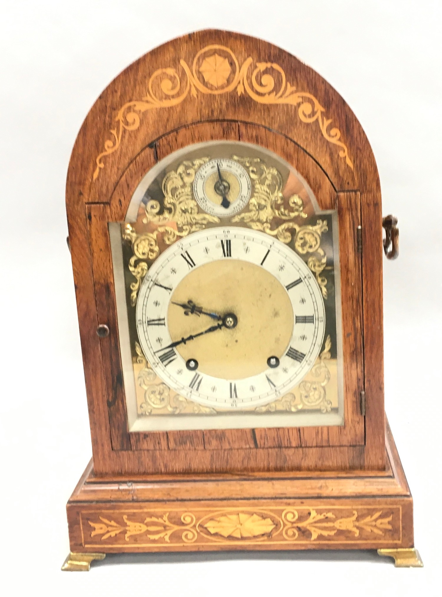 Edwardian in laid dome shape striking mantle clock,with brass face on brass feet and side carrying - Image 8 of 8