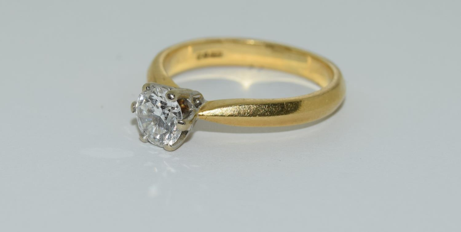 An 18ct white gold ladies diamond solitaire ring 0.75ct Approx., Size M. - Image 4 of 6