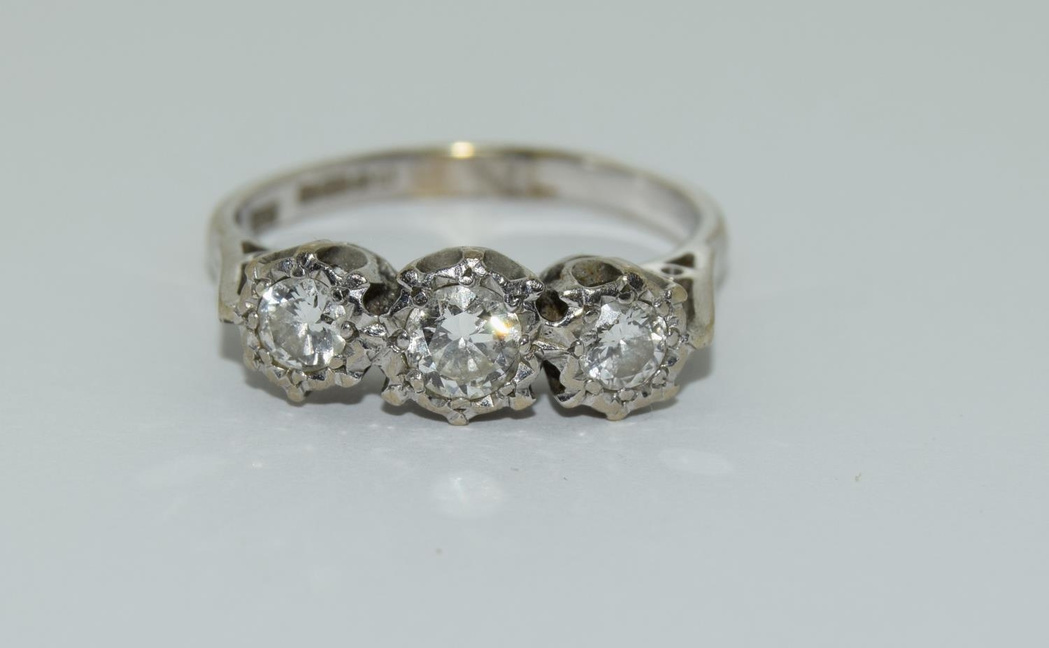 An 18ct white gold ladies three stone diamond ring approx 1ct Size Q. - Image 6 of 6