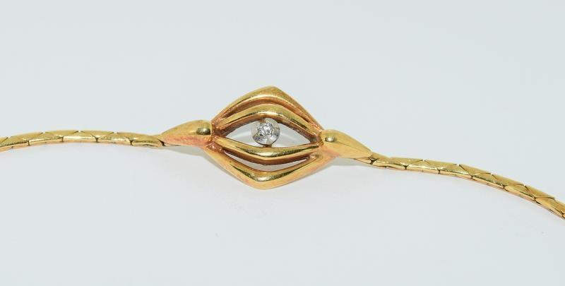 9ct gold ladies diamond set bracelet 4.2gm - Image 2 of 5