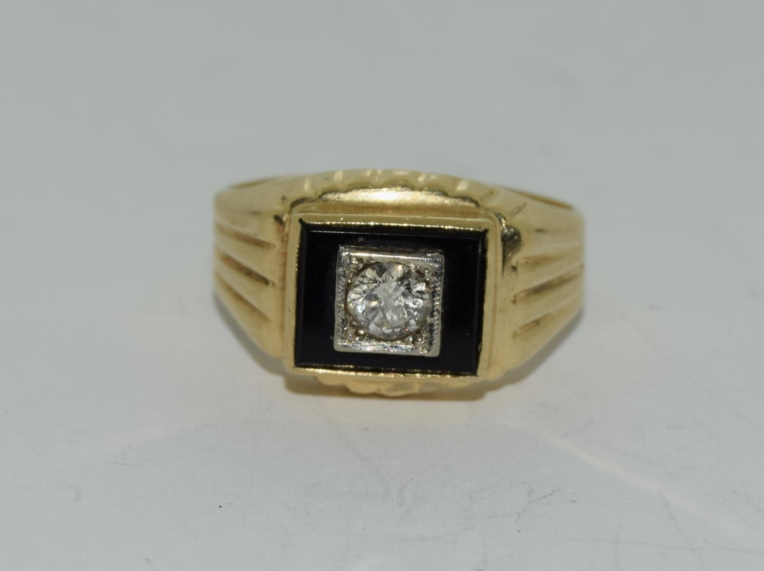 14ct gold gents onyx set with diamond approx 0.33ct signet ring size S - Image 6 of 6