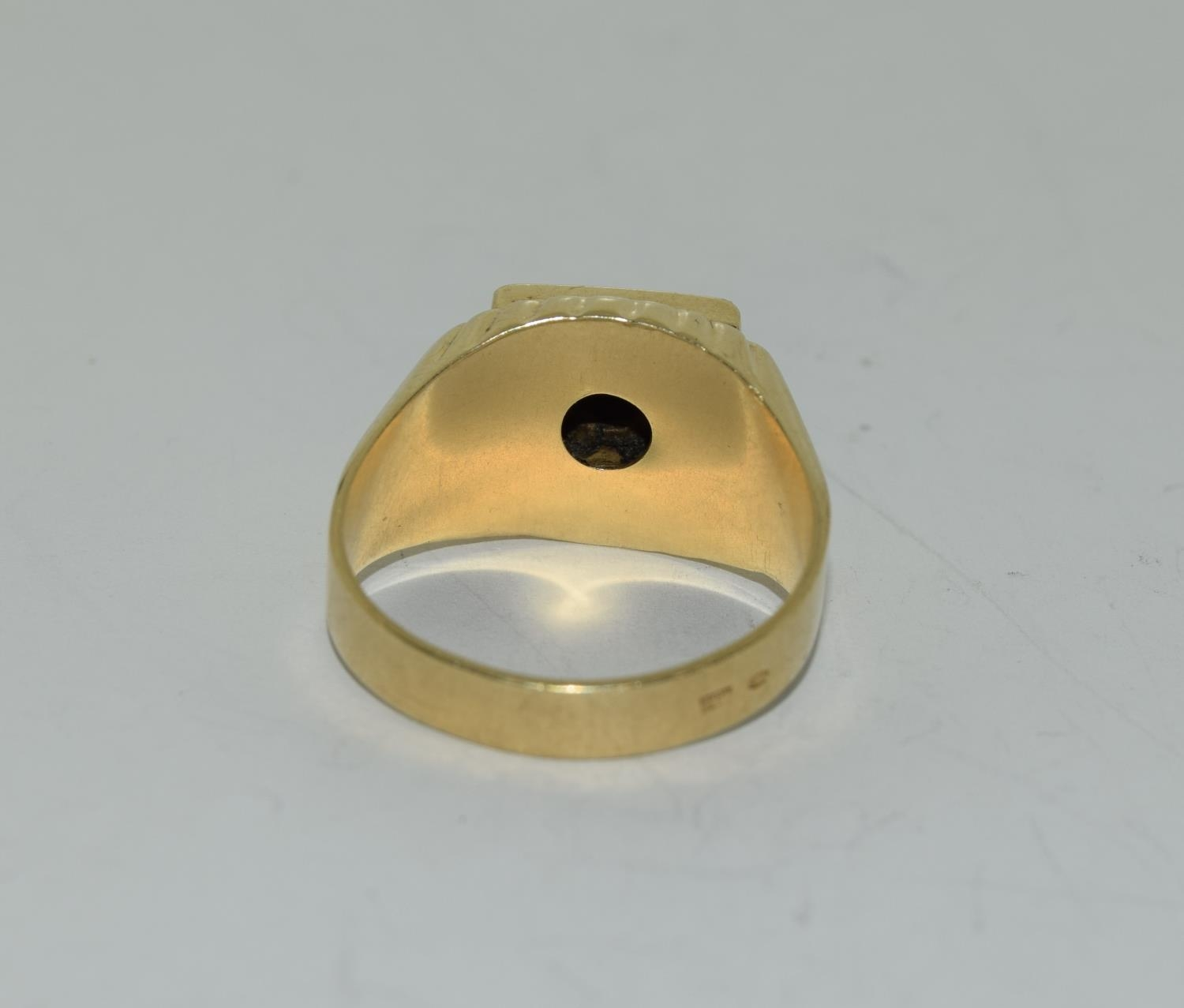 14ct gold gents onyx set with diamond approx 0.33ct signet ring size S - Image 3 of 6