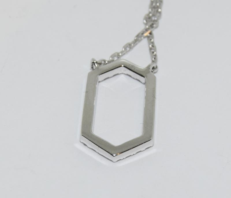 An 18ct white gold Diamond set Hexagonal shaped pendant necklace. - Image 2 of 3