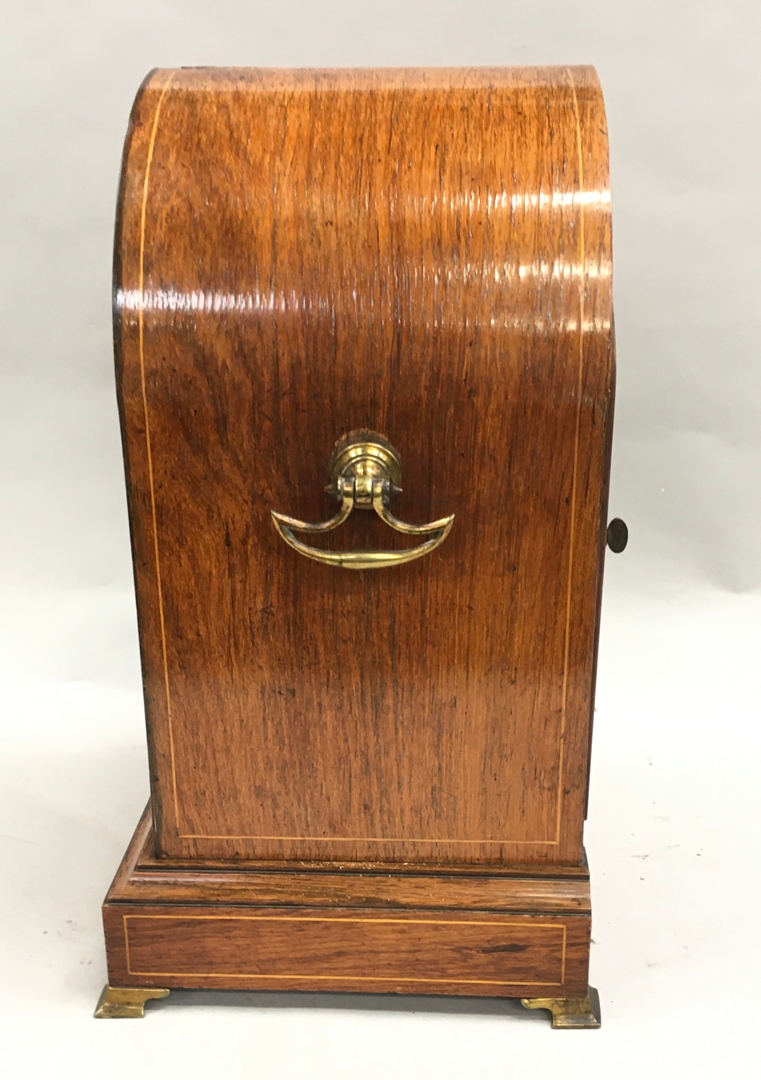 Edwardian in laid dome shape striking mantle clock,with brass face on brass feet and side carrying - Image 4 of 8
