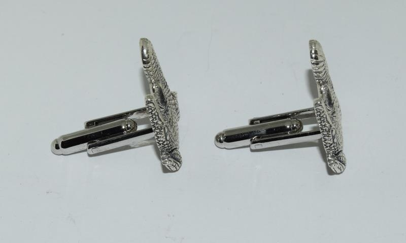A pair of silver Alligator shaped cufflinks. - Image 2 of 3
