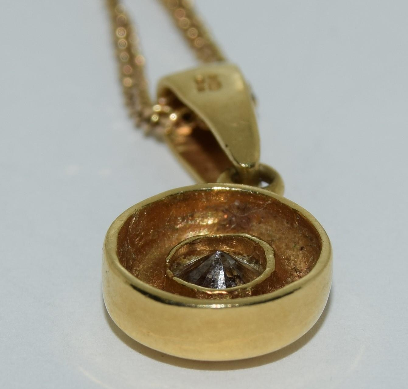 18ct gold diamond pendant of approx 0.6ct on a 9ct gold chain - Image 3 of 4
