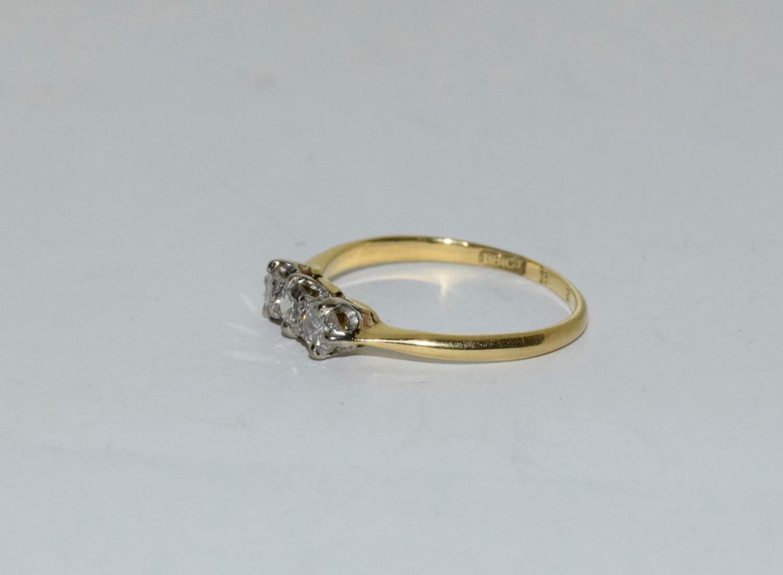 Diamond three stone 18ct gold ring Size L + - Image 4 of 6