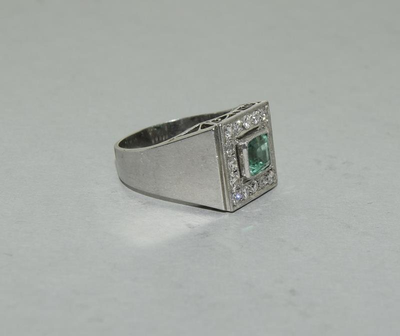 Platinum Art Deco Emerald Diamond ring. Size N. - Image 5 of 6