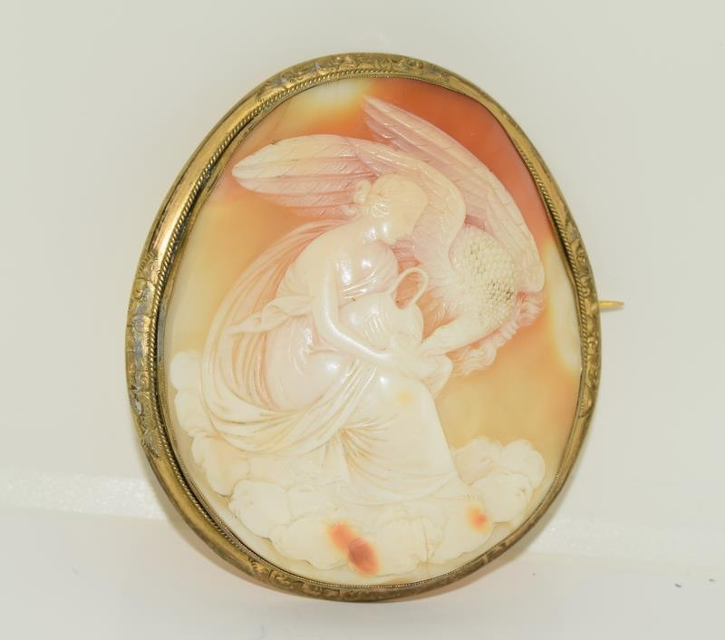 Large Victorian cameo broach finely carved - Image 5 of 5