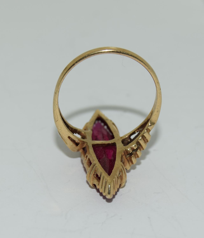 9ct gold pink tourmaline diamond shape ring size M - Image 5 of 5