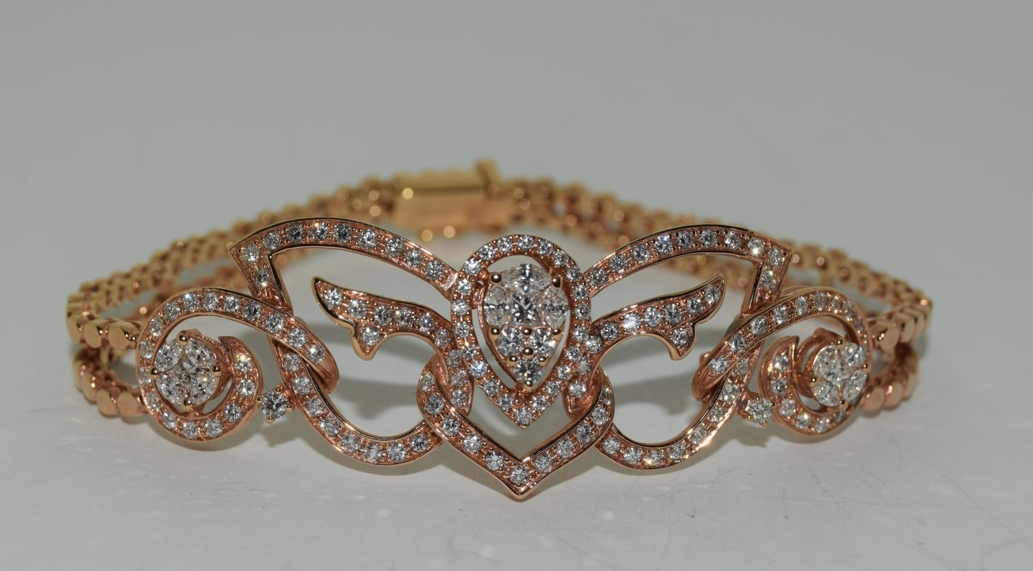 18ct pink gold ladies designer bracelet with approx 3.9ct diamonds 22gm - Image 2 of 6