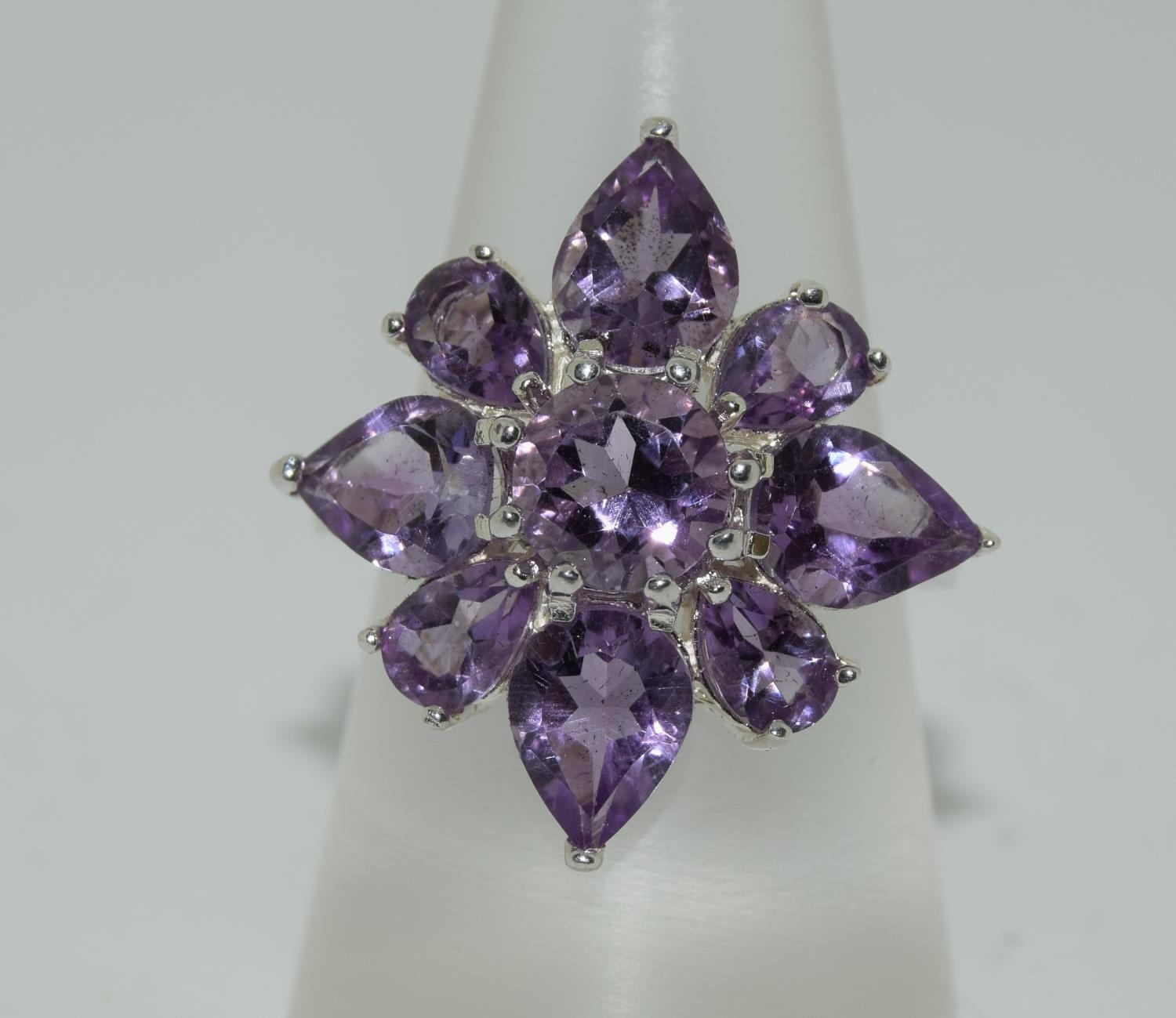 Large Amethyst 925 silver daisy cluster ring, Size P.