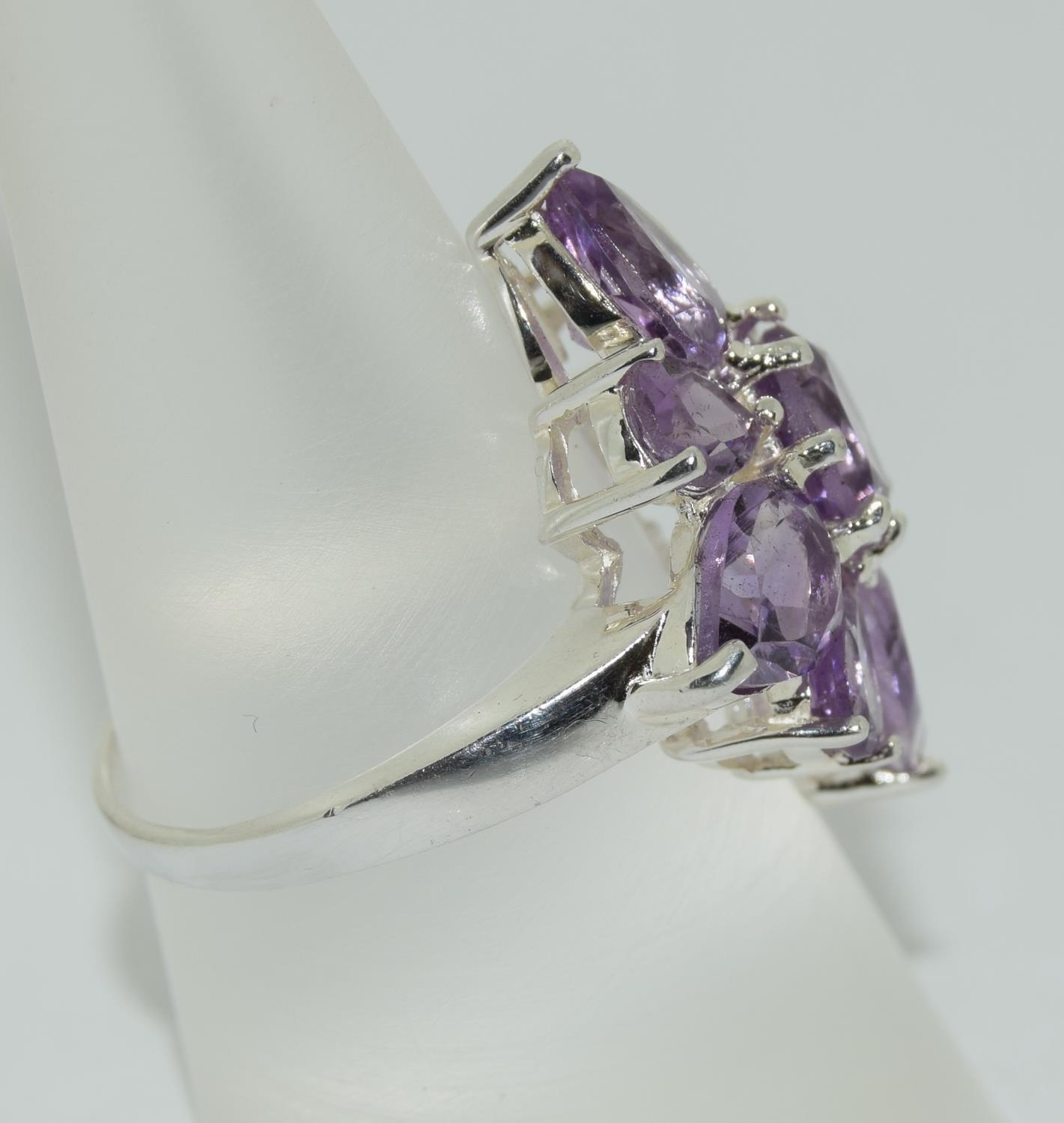 Large Amethyst 925 silver daisy cluster ring, Size P. - Image 2 of 3