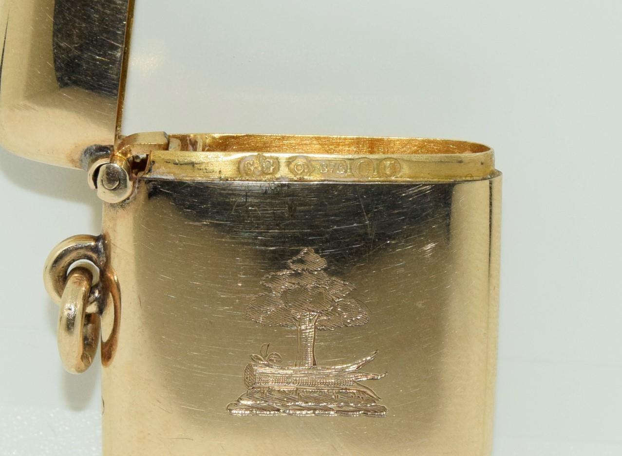 9ct gold Vesta case with a turquoise cabochon fully hallmarked for London 1878 by George Gray - Image 6 of 6