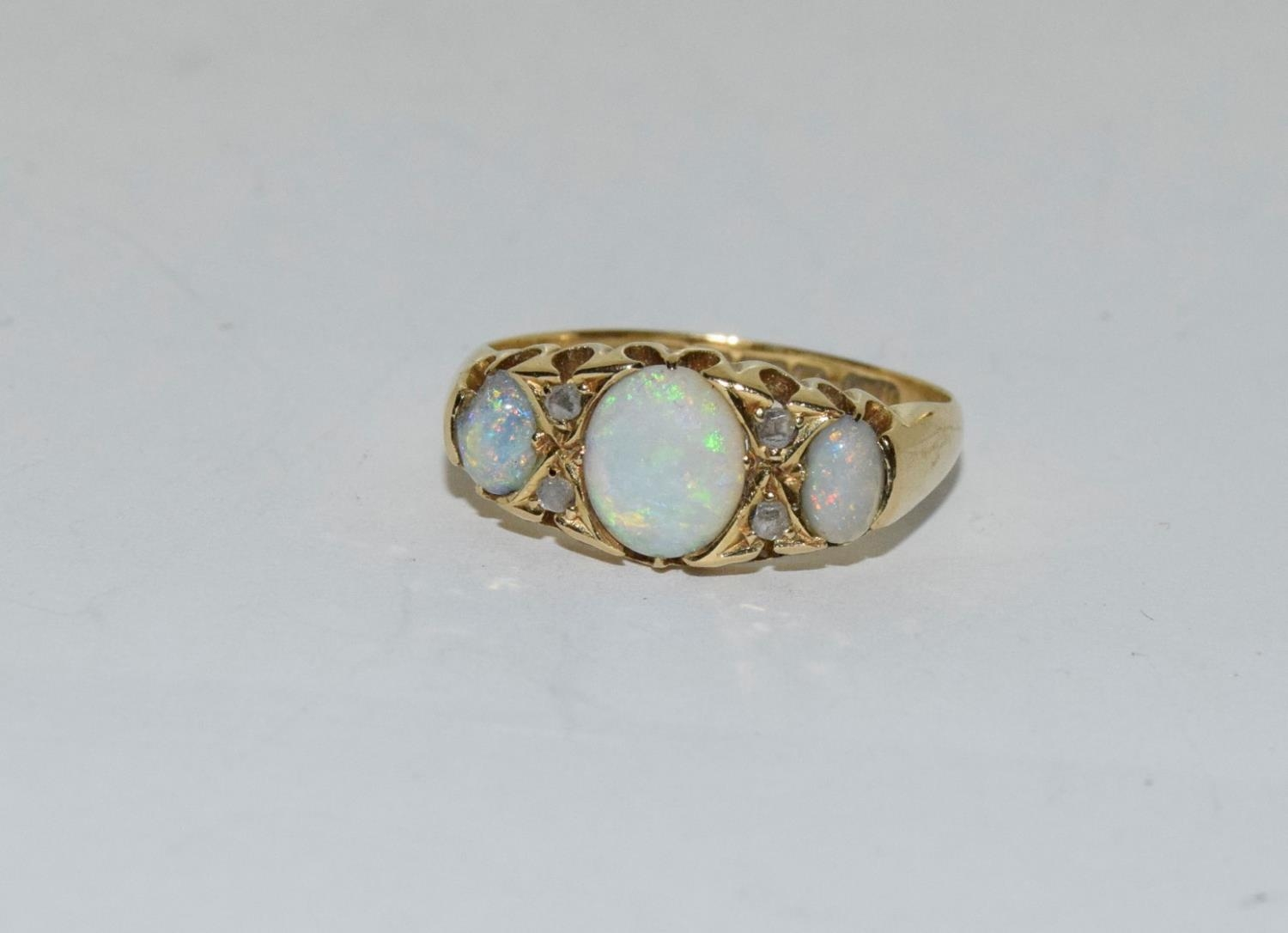 Antique 18ct gold opal/diamond boxed ring, Size P - Image 6 of 6