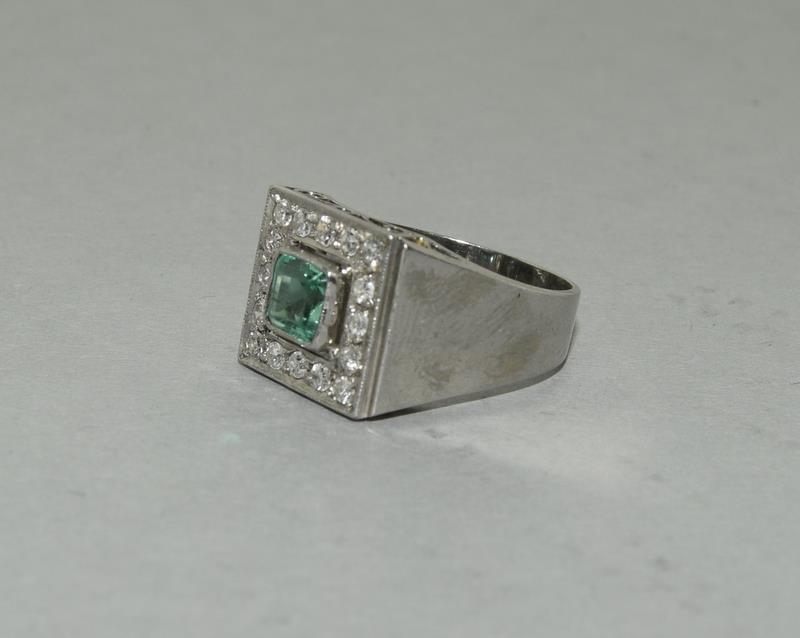 Platinum Art Deco Emerald Diamond ring. Size N. - Image 4 of 6