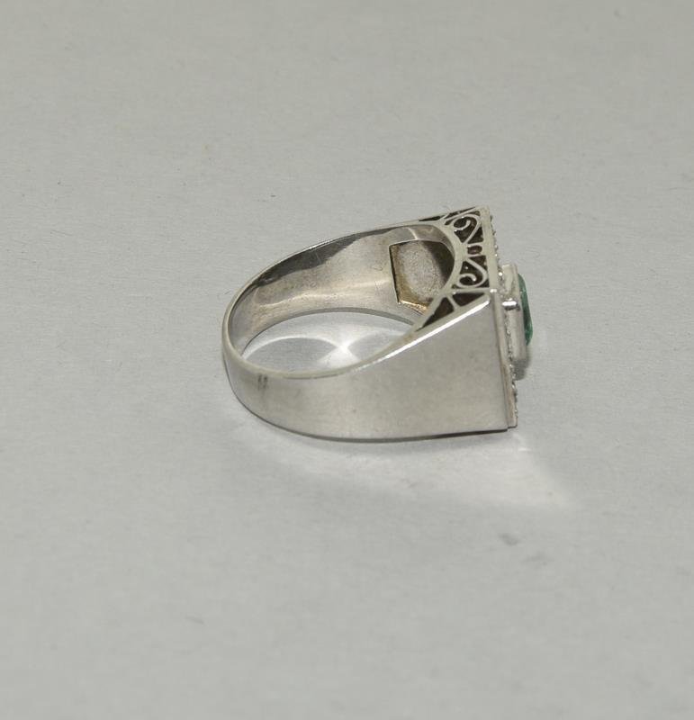 Platinum Art Deco Emerald Diamond ring. Size N. - Image 2 of 6