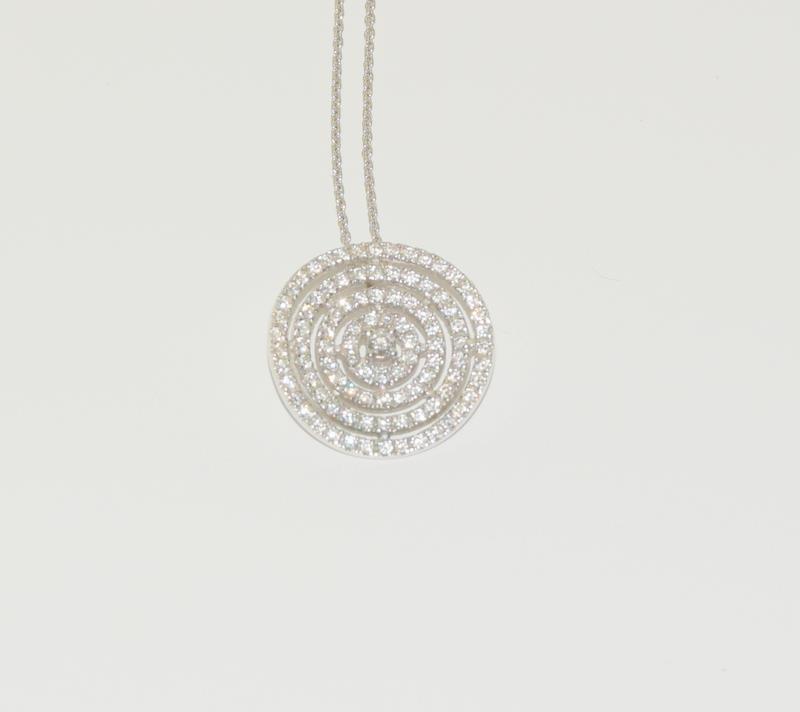 18ct diamond pendant - 1ct. - Image 2 of 4
