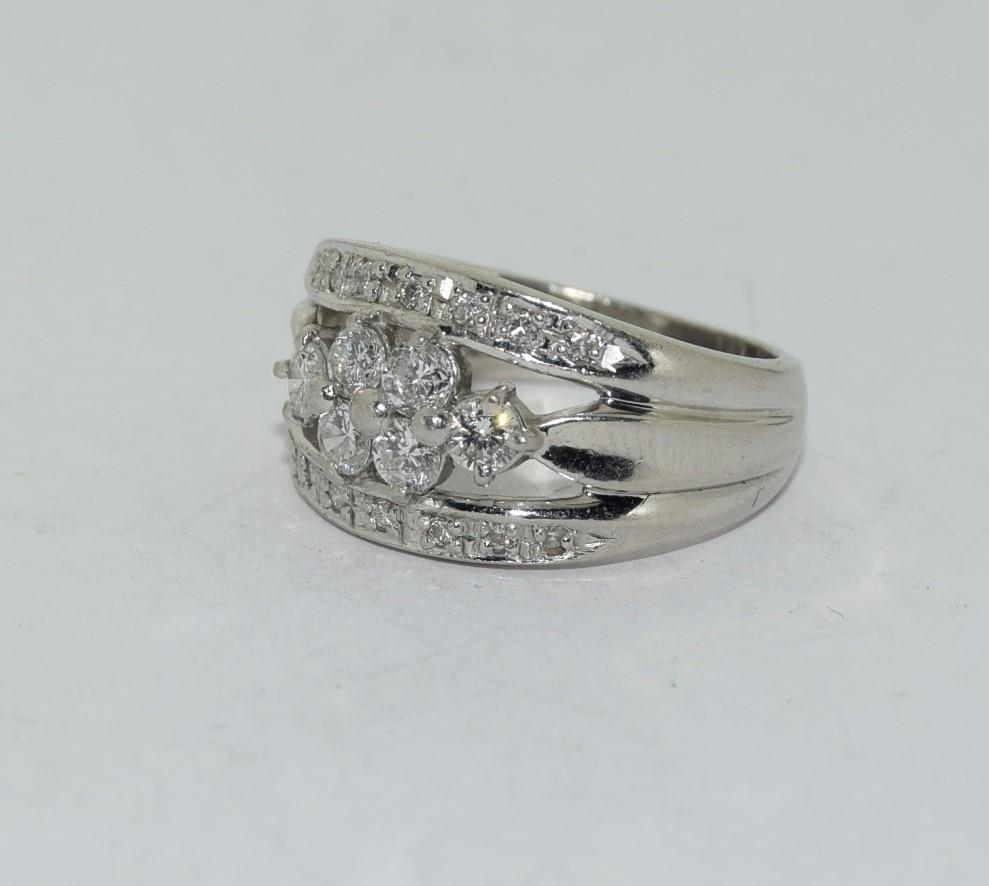 Platinum set ring with central cluster of diamonds approx 70 points size K - Image 4 of 6