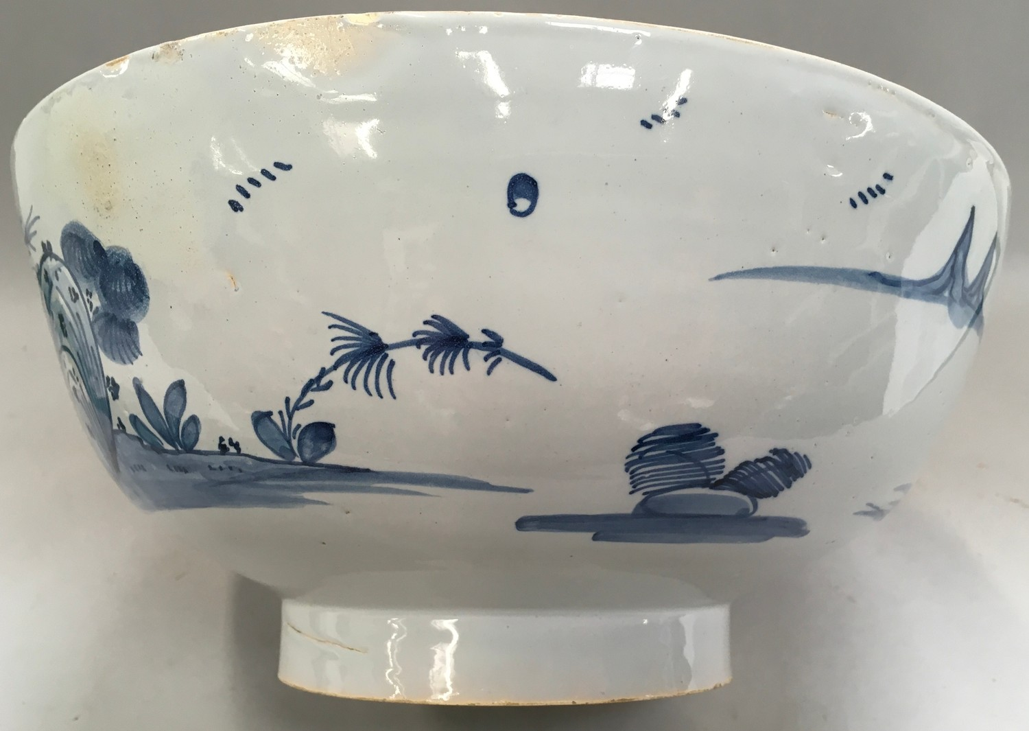 """Blue & White Chinese bowl possibly from the Qing period 11.5"""" diameter. - Image 5 of 7"""