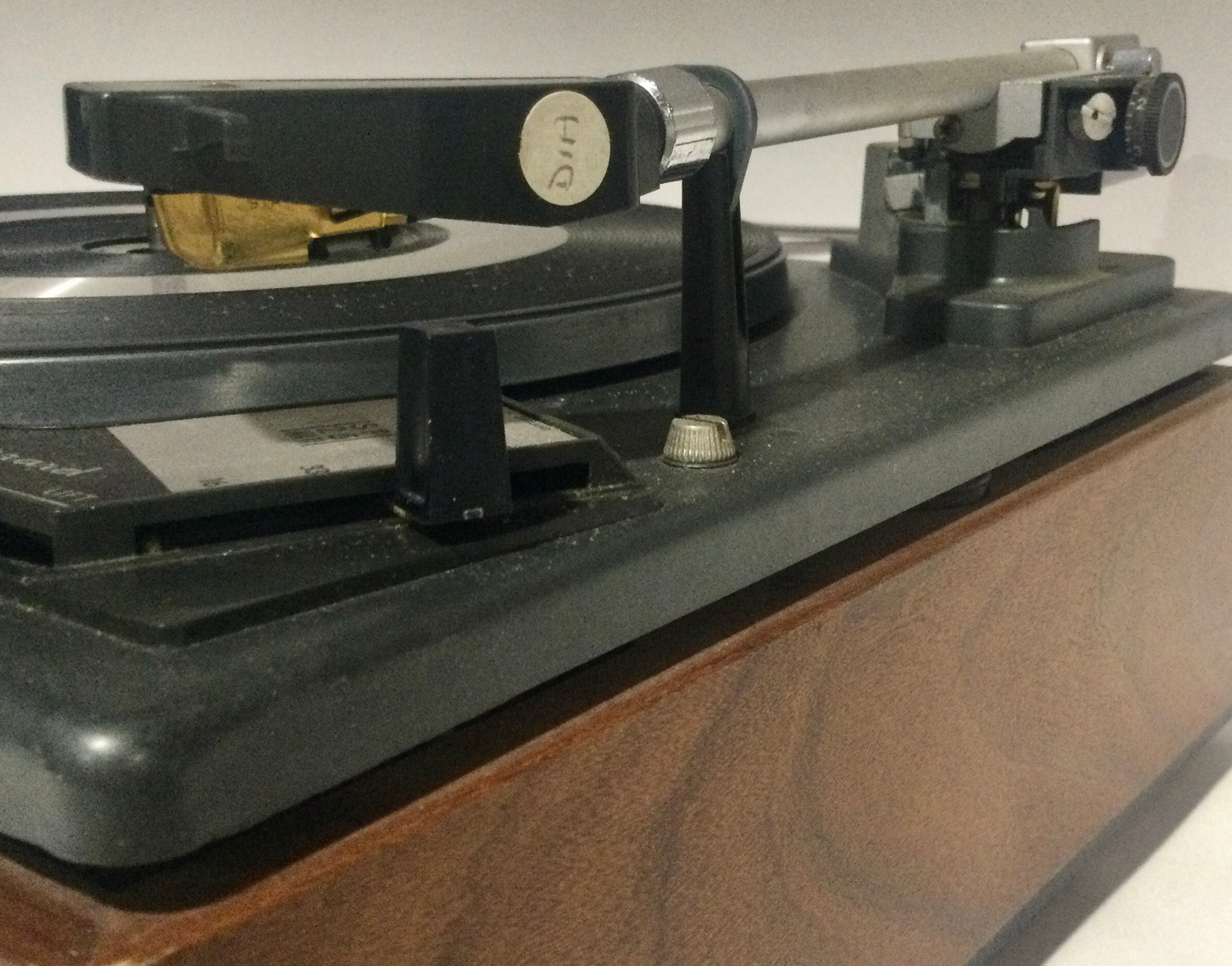 Garrard SP25 mk2 turntable / record player. Comes in wooden plinth with Perspex lid. - Image 4 of 4