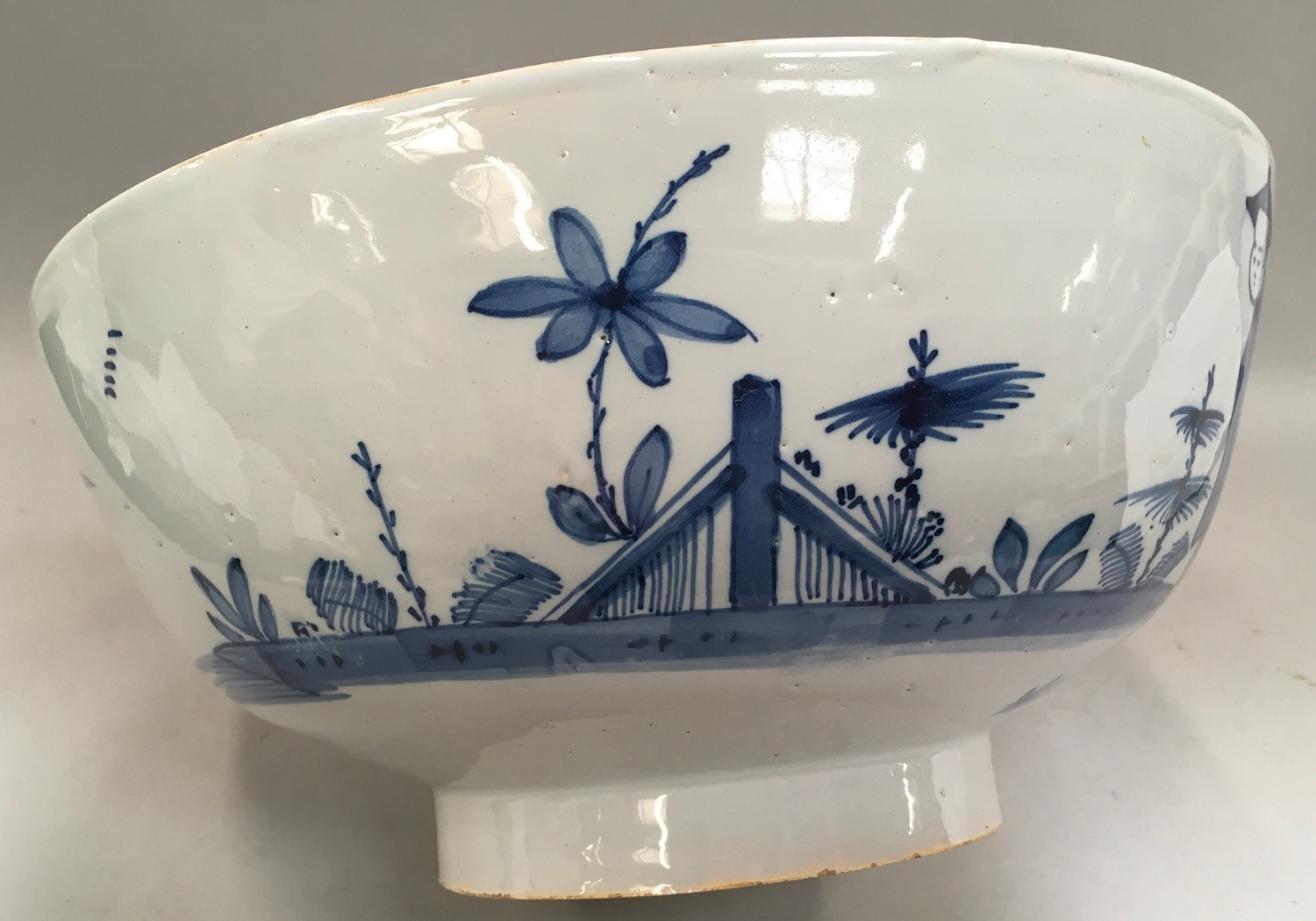 """Blue & White Chinese bowl possibly from the Qing period 11.5"""" diameter. - Image 4 of 7"""