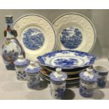 A collection of oriental chinaware to include Wedgwood plates.