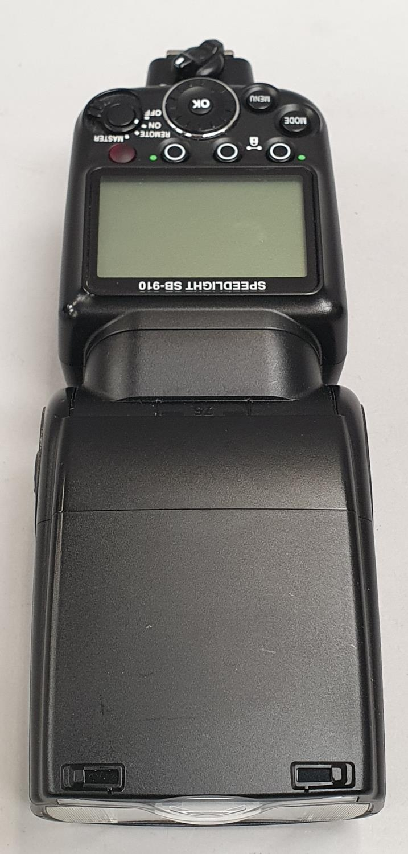 Nikon speed lite SB910 camera flash - Image 3 of 4