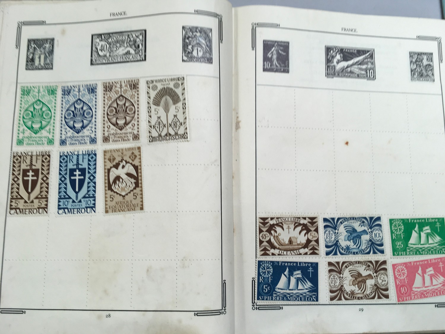 Quantity of stamps and tea cards. - Image 5 of 7