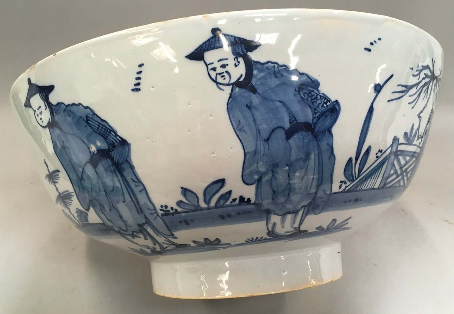 """Blue & White Chinese bowl possibly from the Qing period 11.5"""" diameter. - Image 3 of 7"""
