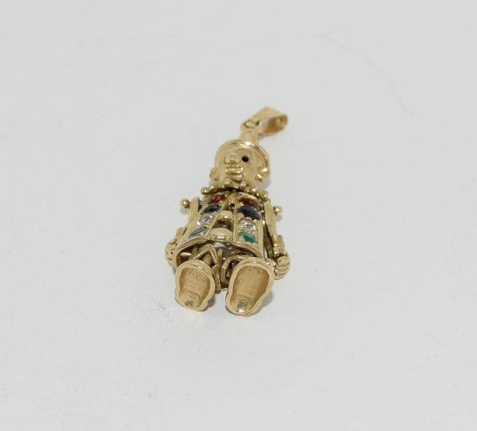 9ct gold charm as an articulated clown figure set with precious stone - Image 3 of 10